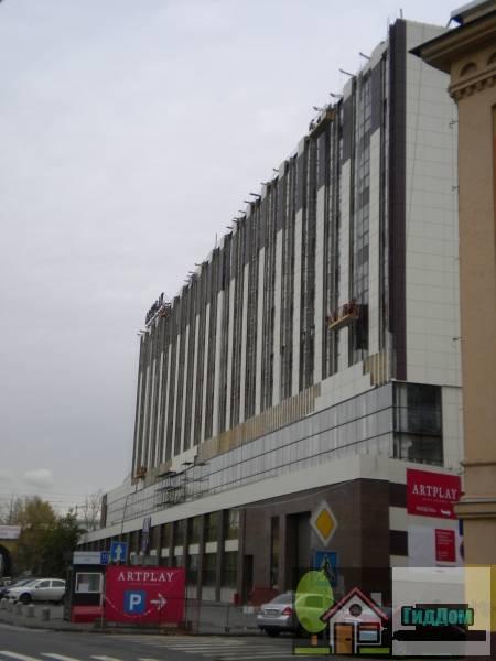 Вид вполоборота на дом №5 7 строение 2